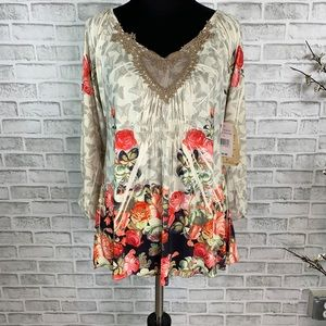 One World Floral Butterfly Lace Heart Blouse
